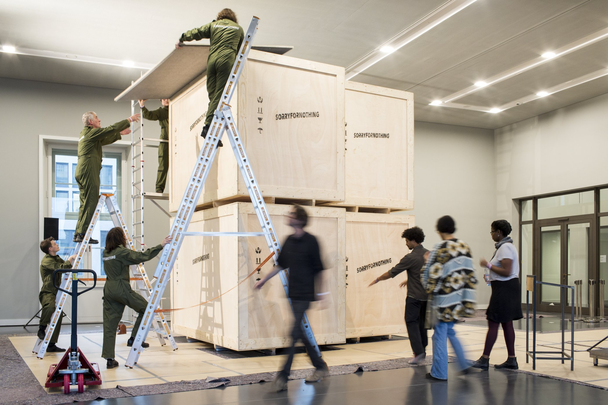 SORRYFORNOTHING sculpture by Philip Kojo Metz unveiled – second exhibit in the Berlin Exhibition at the Humboldt Forum
